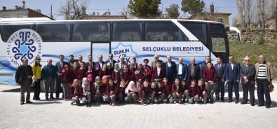 Başkan Altay Yazarlarla Bir Araya Geldi