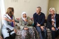YAŞLILAR HAFTASI - Başkan Tarhan Açıklaması 'Her Yaştan İnsanımız Mutlu Olsun İstiyoruz'