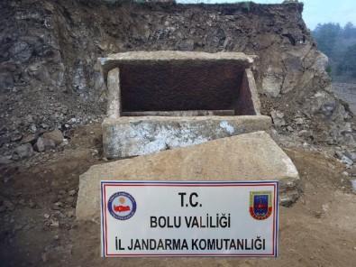 Bolu'da, İnşaat Kazısında 2 Bin Yıllık Mezar Bulundu
