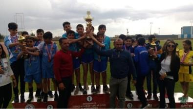 Diyarbakır'da Talaytepe Ortaokulu Şampiyon Oldu