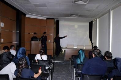 Dünyam Hastanesi Çalışanlarına 'Yangın' Eğitimi