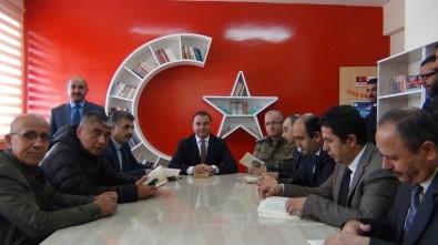 Erciş'te Ay Yıldızlı Kütüphane Hizmete Açıldı