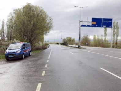 Iğdır'da 17 Kişinin Öldüğü Trafik Kazası Güvenlik Kamerasına Yansıdı