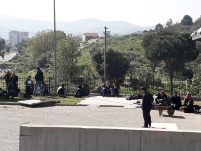 İzmir'de 91 Göçmen Ve 3 Şüpheli Yakalandı