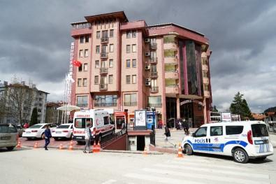 Kastamonu'da Fabrikanın Duvarı Devrildi Açıklaması 1 Ölü, 1 Yaralı