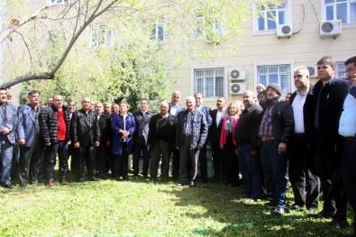 Kilis'te, Arı Yetiştiricilerine Bin Kovan Dağıtıldı