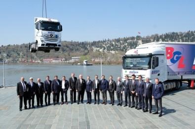 Mercedes-Benz Türk'ten 500 Adetlik Kamyon Teslimatı