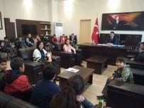 GAZETECİLİK MESLEĞİ - Öğrenci Gazeteciler, Kaymakam Şahin'i Ziyaret Etti