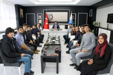 Öğrenciler Rektör Karacoşkun'a Projelerini Anlattı
