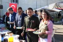 NURULLAH KAYA - Pazarcı Kadın Mehmetçik Yararına Kermes Düzenledi