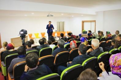 Pekfen'de Tiyatrolar Günü Etkinliği