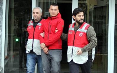 Samsun'da 20 Aracın Lastiğini Kesen Genç Tutuklandı