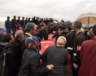 Şehit Korucunun Eşinden Kürtçe Ağıt Açıklaması 'Şehitler Ölmez'