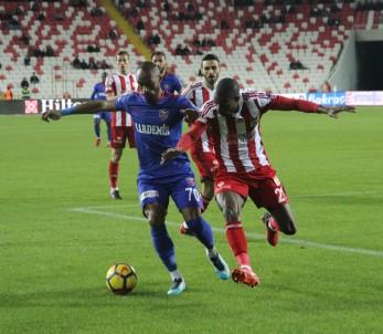Sivasspor, Karabükspor'u Tek Golle Geçti