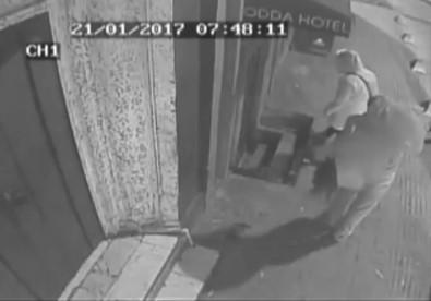 Taksim sapığı yakalandı!