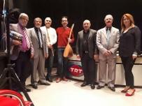 ÇUKUROVA GAZETECILER CEMIYETI - Türk Halk Müziği Korosu TRT Çukurova Radyosu'nun Konuğu Oldu