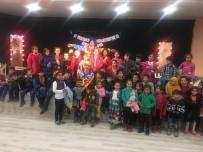 MEHMET ÖZCAN - Bahçesaray'da Tiyatro Gösterimi