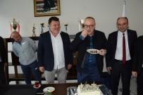 BERGAMA BELEDİYESPOR - Başkan Cengiz Ergün'e 9. Yıl Sürprizi