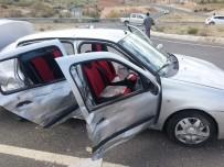 YEMIŞLI - Batman'da Trafik Kazası Açıklaması 9 Yaralı