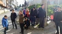 KANARYA MAHALLESİ - Binada Oluşan Çatlaklar Apartman Sakinlerini Sokağa Döktü