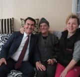 MUSTAFA DÜNDAR - Dündar'dan Çat Kapı Ev Ziyareti
