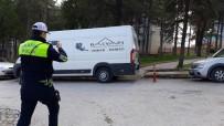 TRAFİK CEZASI - Duyarsız Sürücüye 408 Lira Ceza Kesildi