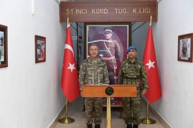 Genelkurmay Başkanı Akar, Mehmetçik İle Yemek Yedi