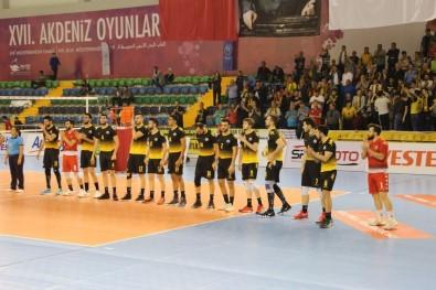 Karadeniz'in Şampiyonlarına Arhavi'de Muhteşem Karşılama
