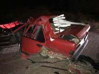 Kastamonu'da Direğe Çarpan Araç Paramparça Oldu Açıklaması 1 Yaralı