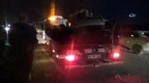 HACıRAHMANLı - Refüjü Aşan Otomobil Karşı Yönden Gelen Araçlara Çarptı Açıklaması 1 Ölü, 2 Yaralı