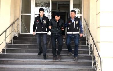 Sakarya'da Hırsızlık Yapan 4 Şahıs Yakalandı