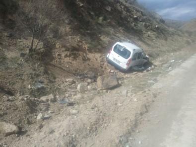 Sarıkamış'ta Trafik Kazası Açıklaması 3 Yaralı