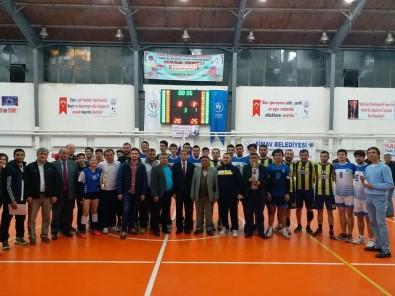 Simav'da Geleneksel Voleybol Turnuvası