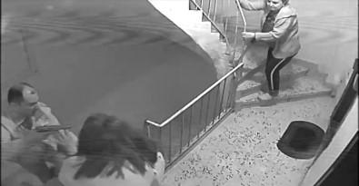 Trafik Polisinin Silah Çektiği Hamile Kadının Komşusu Konuştu