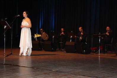 TRT Sanatçılarından 'Azerbaycan Şarkıları Konseri'