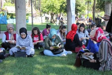 TÜGVA Antakya'dan Kitap Okuma Etkinliği