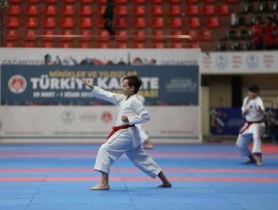 Türkiye Minikler Ve Yıldızlar Karate Şampiyonasının Açılışı Yapıldı