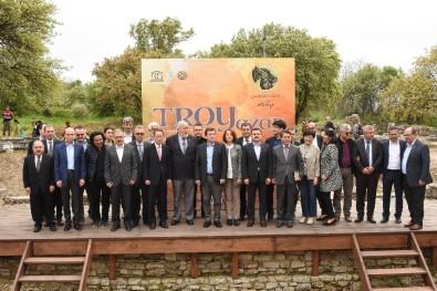 Uluslararası Homeros Edebiyat Festivali 'TROYAZAR' Başladı