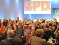 SOSYAL DEMOKRAT PARTİ - Almanya'da SPD üyeleri koalisyon sözleşmesini kabul etti