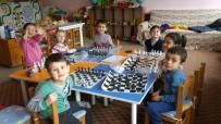 Balya Dereköy İlkokulu'nda Satranç Kursu Açıldı
