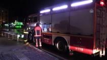 GÖRGÜ TANIĞI - Bursa'da Otomobil Dereye Devrildi Açıklaması 2 Yaralı