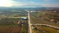 BARAJ GÖLÜ - Büyükşehir 6 Metrelik Yolu 22 Metre Genişliğine Çıkarıyor