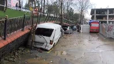 İstinat duvarı otomobillerin üzerine çöktü