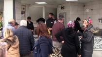 KALKAN BALIĞI - Kalkan Balığı Tezgahlara Gelmeden Satılıyor