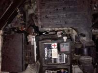 YAKIT DEPOSU - Otomobilin Motorunda Tabanca, Yakıt Kapağında Esrar Çıktı