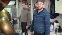 TARIM ÜRÜNÜ - Sandıklı'da Leblebiciliğin Son Temsilcileri Aslan Kardeşler