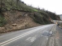 Trabzon'da Kapanan Yol Ulaşıma Açıldı