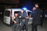 DÖNER BIÇAĞI - 5 Kişiyi Yaralayan Şüpheliler Gazetecilere Saldırmak İstedi