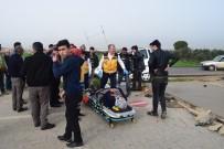 İNŞAAT ALANI - Alaşehir'de Trafik Kazası Açıklaması 1 Yaralı