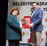 MUSTAFA AK - Belediye Başkanları Birliği'nden Başkan Ak'a Ödül